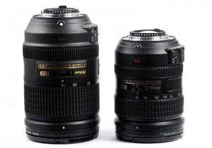 Der direkte Vergleich: das neue Nikon NIKKOR 18-300 mm ist grösser und breiter als das 18-200 mm