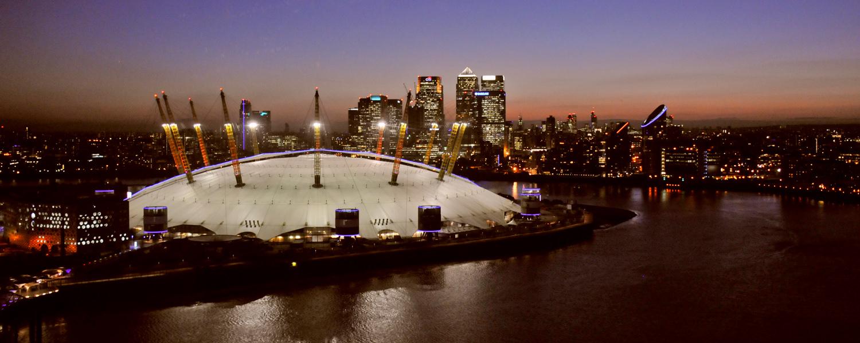 London, o2-Arena mit Canary Wharf